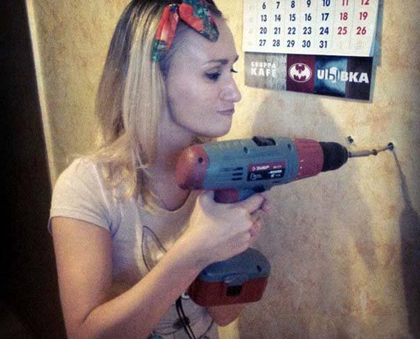 Κορίτσια για όλες τις δουλειές (1)