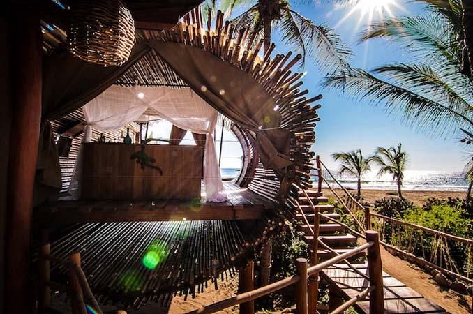 Κυλινδρικό δενδρόσπιτο από bamboo στο Μεξικό (3)