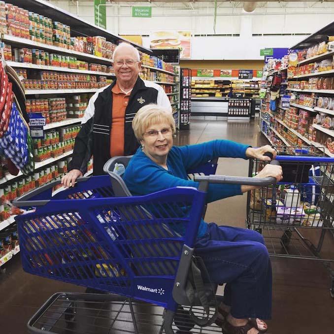 Μητέρα επανεφηύρε το καρότσι του σούπερ μάρκετ για να συμμετέχουν και τα ΑΜΕΑ στα ψώνια (6)