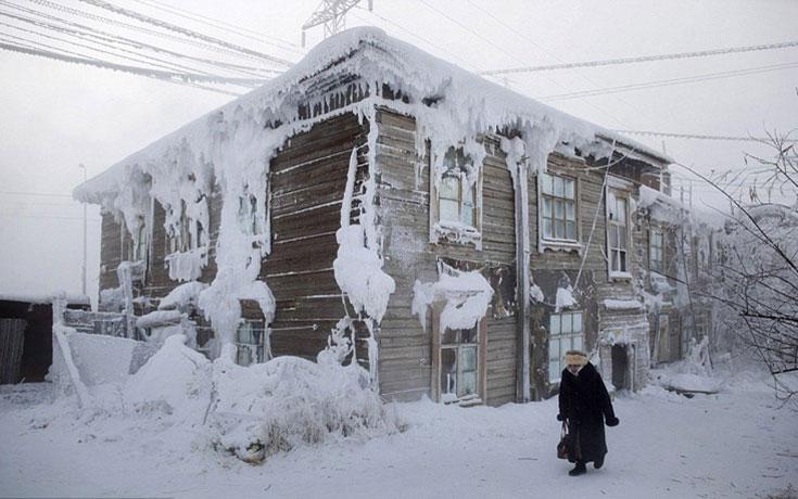 Παγωμένο χωριό στη Σιβηρία (1)