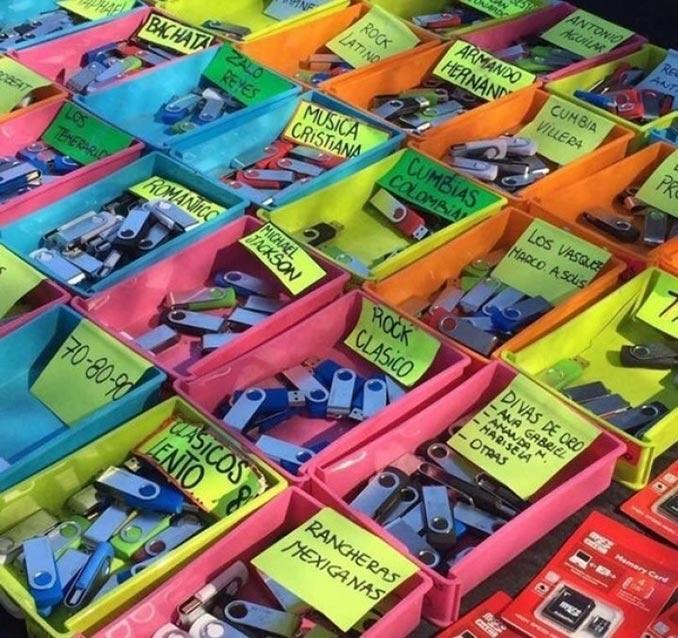 Πως πωλείται η μουσική στους δρόμους του Μεξικού | Φωτογραφία της ημέρας