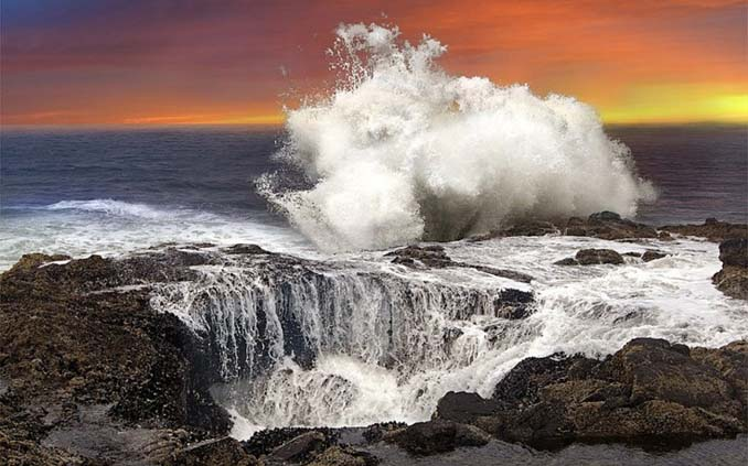 Thor's Well (3)