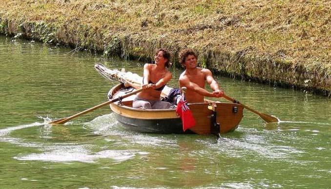 Ζευγάρι ταξίδεψε από την Αγγλία στην Γαλλία με σκάφος που κατασκεύασαν μόνοι τους (6)
