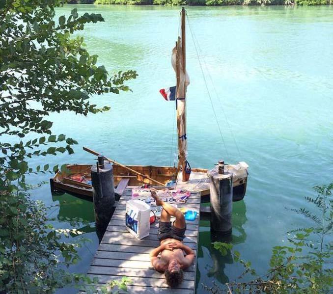 Ζευγάρι ταξίδεψε από την Αγγλία στην Γαλλία με σκάφος που κατασκεύασαν μόνοι τους (9)
