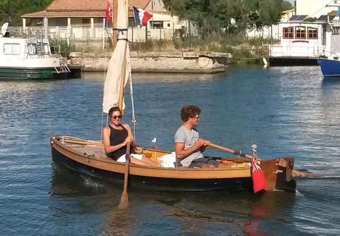 Ζευγάρι ταξίδεψε από την Αγγλία στην Γαλλία με σκάφος που κατασκεύασαν μόνοι τους (12)