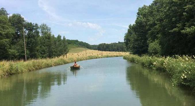 Ζευγάρι ταξίδεψε από την Αγγλία στην Γαλλία με σκάφος που κατασκεύασαν μόνοι τους (13)