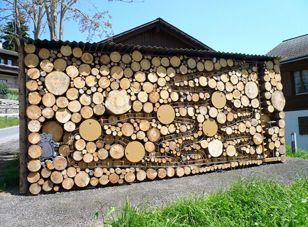 Άνθρωποι που μετέτρεψαν τις στοίβες ξύλων σε μορφή τέχνης (18)