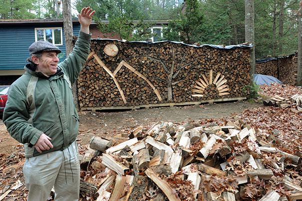 Άνθρωποι που μετέτρεψαν τις στοίβες ξύλων σε μορφή τέχνης (23)