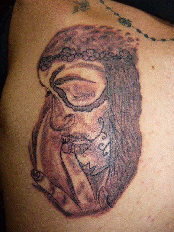 30 αποτυχημένα τατουάζ που μοιάζουν βγαλμένα από εφιάλτη (18)