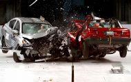 Crash test δείχνει την διαφορά του φθηνότερου Nissan που πωλείται στο Μεξικό και του φθηνότερου Nissan των ΗΠΑ
