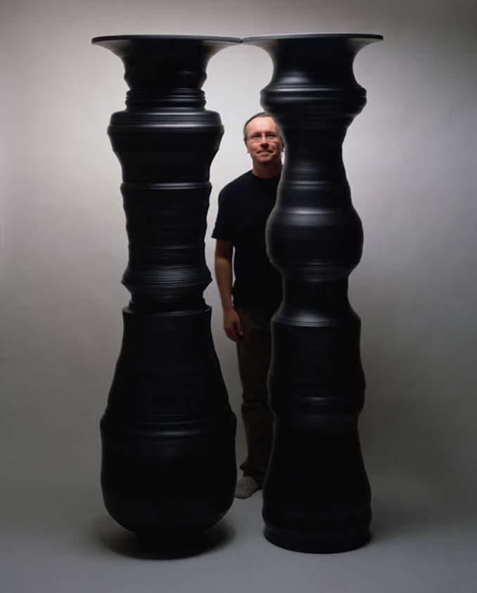Καλλιτέχνης δημιουργεί εκπληκτικές οφθαλμαπάτες με βάζα (6)