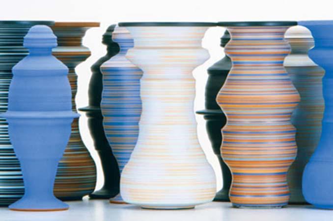 Καλλιτέχνης δημιουργεί εκπληκτικές οφθαλμαπάτες με βάζα (7)