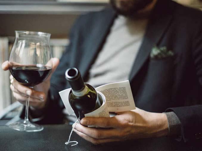 Μπουκάλια κρασιού με μικρές ιστορίες στην ετικέτα (7)