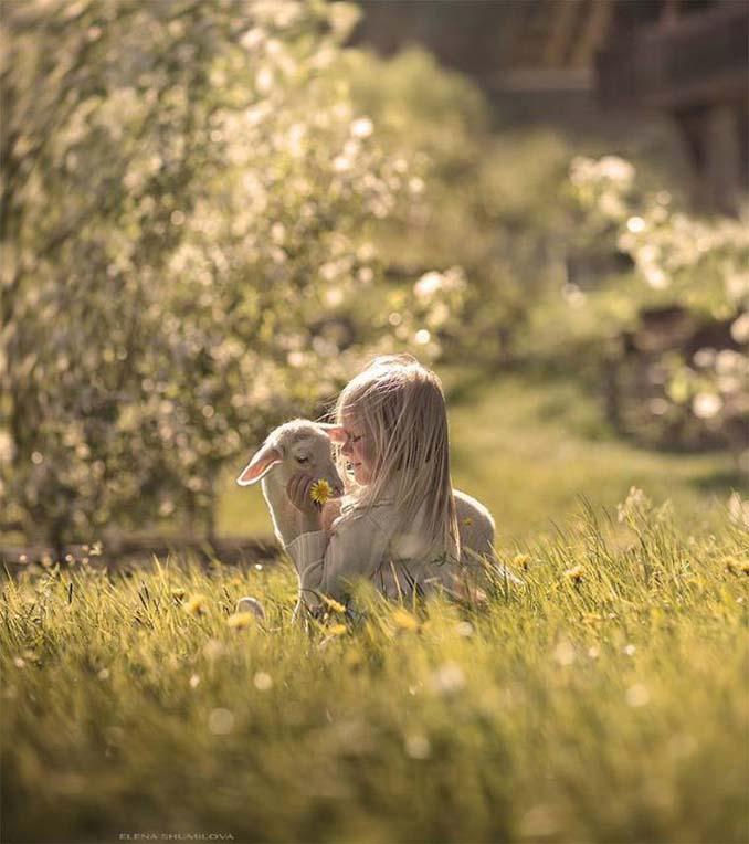 Παιδιά και ζώα από την Elena Shumilova (9)