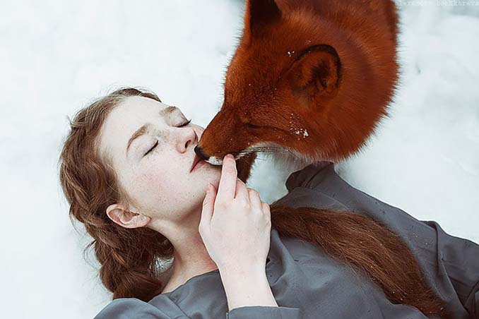 Παραμυθένια πορτραίτα με κοκκινομάλλες και μια κόκκινη αλεπού (6)