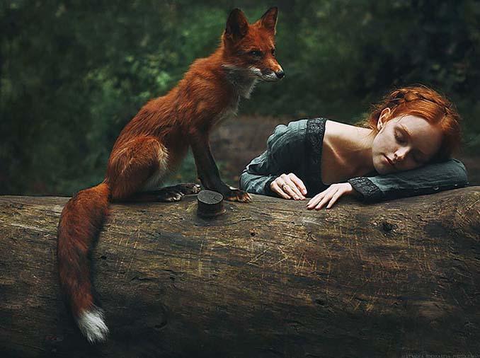 Παραμυθένια πορτραίτα με κοκκινομάλλες και μια κόκκινη αλεπού (8)