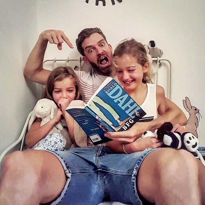 Πατέρας 4 κοριτσιών κατακτά το Instagram με τις τρελές φωτογραφίες της καθημερινότητας του (23)
