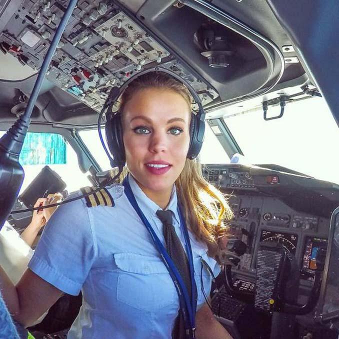 Σουηδέζα πιλότος κατακτά το Internet με την hot yoga της (2)