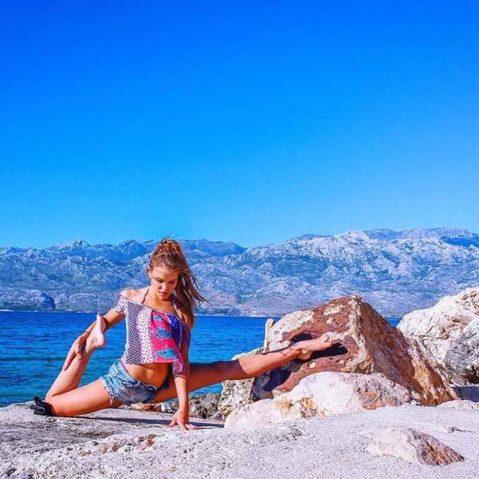 Σουηδέζα πιλότος κατακτά το Internet με την hot yoga της (16)
