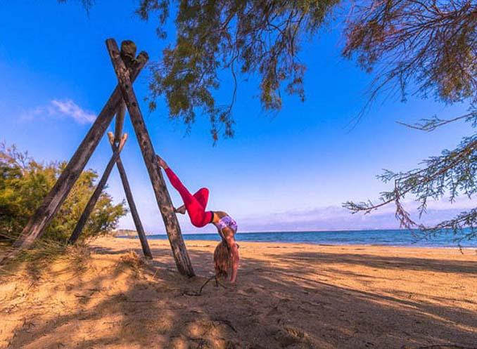 Σουηδέζα πιλότος κατακτά το Internet με την hot yoga της (18)