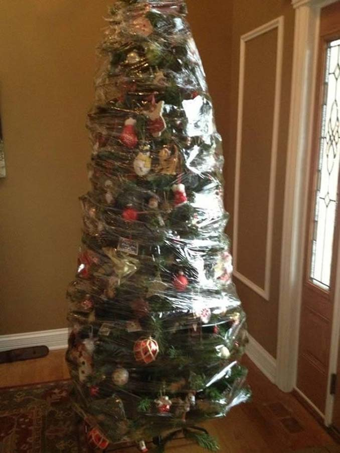 Χριστουγεννιάτικα δένδρα που σχεδιάστηκαν για να αντέξουν από παιδιά και κατοικίδια (3)