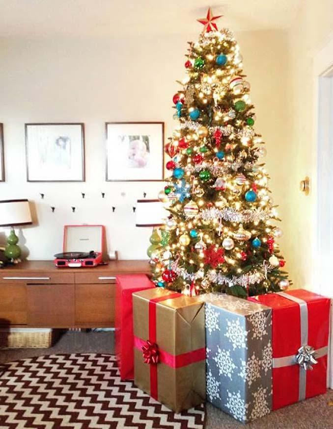 Χριστουγεννιάτικα δένδρα που σχεδιάστηκαν για να αντέξουν από παιδιά και κατοικίδια (7)