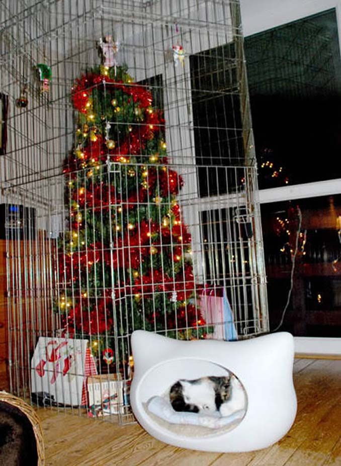 Χριστουγεννιάτικα δένδρα που σχεδιάστηκαν για να αντέξουν από παιδιά και κατοικίδια (8)
