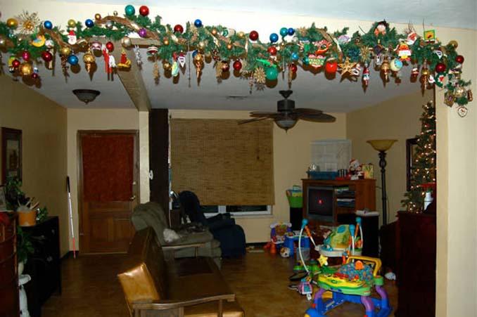 Χριστουγεννιάτικα δένδρα που σχεδιάστηκαν για να αντέξουν από παιδιά και κατοικίδια (9)