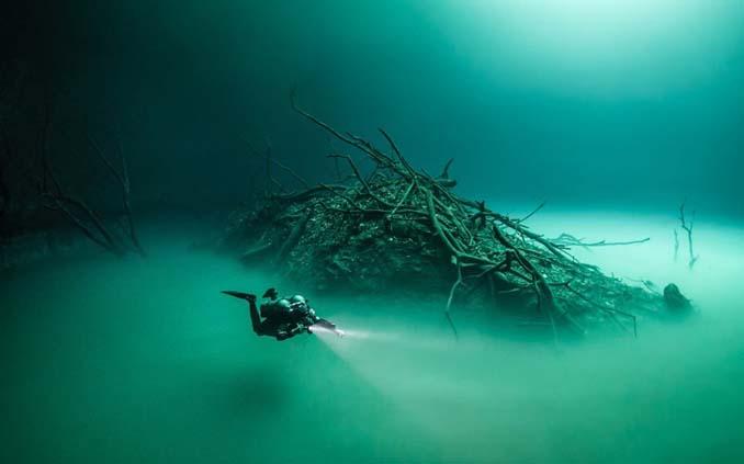 Υποβρύχια λίμνη στο Μεξικό που προκαλεί δέος (2)