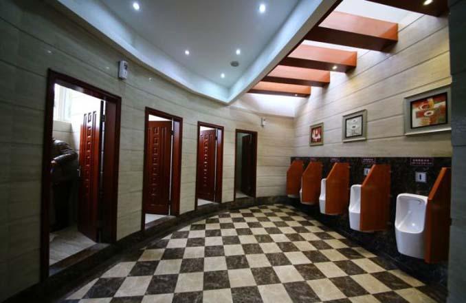 5αστερη τουαλέτα στην Κίνα (3)