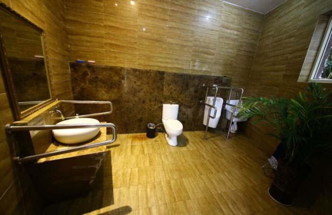 5αστερη τουαλέτα στην Κίνα (6)