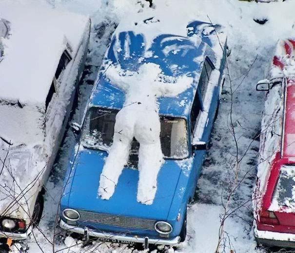 Δημιουργικοί χιονάνθρωποι που χαρίζουν άφθονο γέλιο (12)