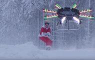 Το drone που τρέλανε το Internet και... έκανε τον Αη Βασίλη να πετάξει!