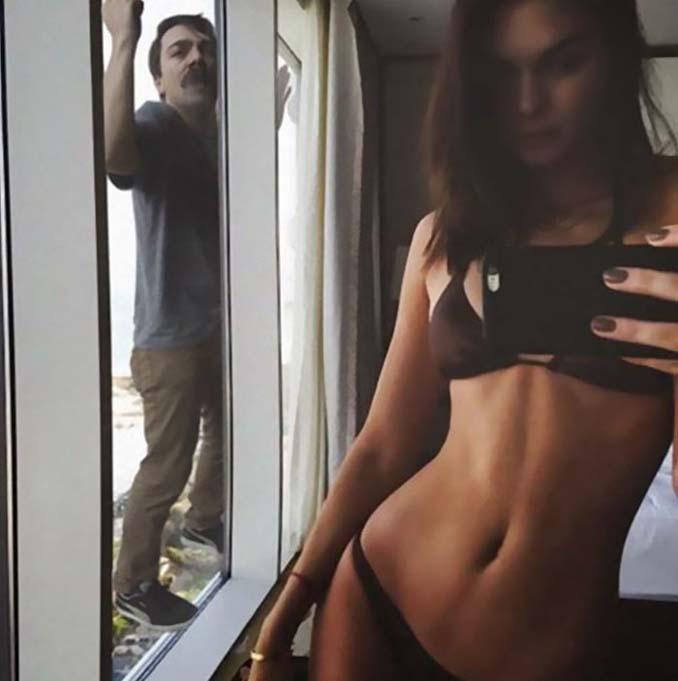 Εισβάλλει στις φωτογραφίες της Kendall Jenner με το Photoshop δίνοντας μια ξεκαρδιστική νότα (12)