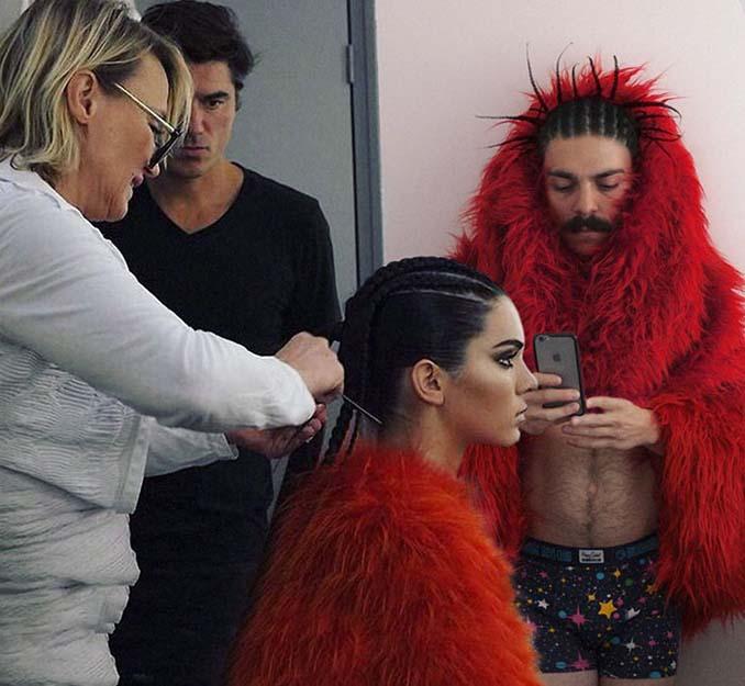 Εισβάλλει στις φωτογραφίες της Kendall Jenner με το Photoshop δίνοντας μια ξεκαρδιστική νότα (19)