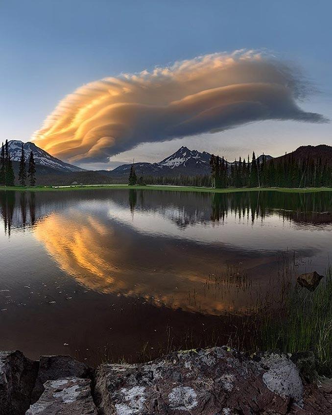 Όταν η φύση ζωγραφίζει στον ουρανό | Φωτογραφία της ημέρας