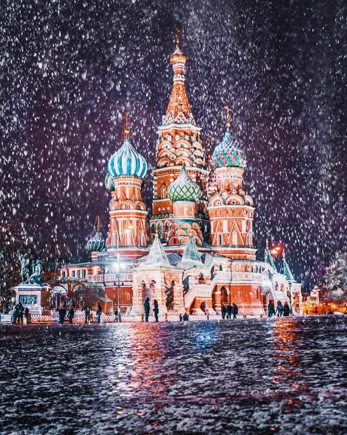 Η χειμωνιάτικη Μόσχα μοιάζει βγαλμένη από παραμύθι (21)