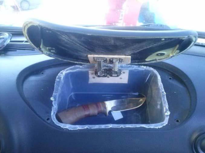 Το αυτοκίνητό του δεν είχε ντουλαπάκι οπότε αποφάσισε να αυτοσχεδιάσει... (14)