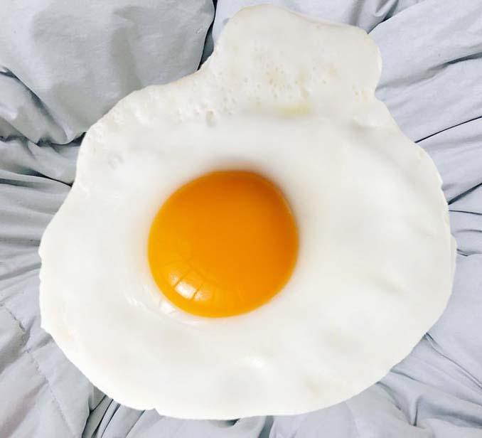 Το «αβγό» με την ύποπτη εμφάνιση που ξεκίνησε ένα Photoshop Battle (9)