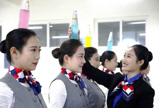 Εκπαίδευση αεροσυνοδών στην Κίνα (2)