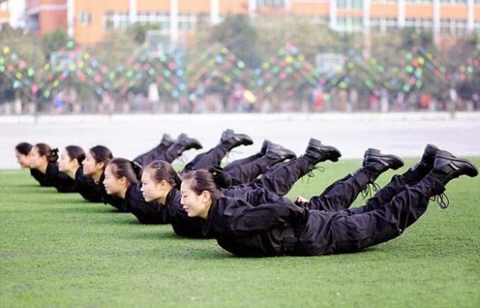 Εκπαίδευση αεροσυνοδών στην Κίνα (6)