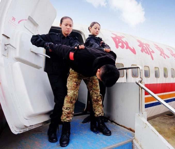 Εκπαίδευση αεροσυνοδών στην Κίνα (8)