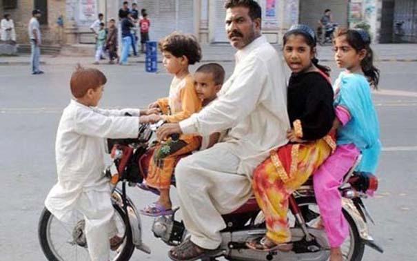 Εν τω μεταξύ, στο Πακιστάν... #3 (7)