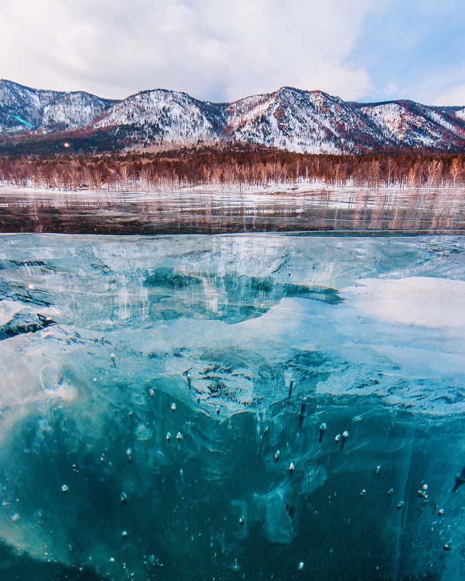 Ένας μαγευτικός περίπατος στην παγωμένη λίμνη Βαϊκάλη (11)
