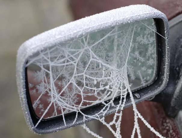 Όταν ο πάγος δημιουργεί απίστευτη τέχνη πάνω σε αυτοκίνητα (2)