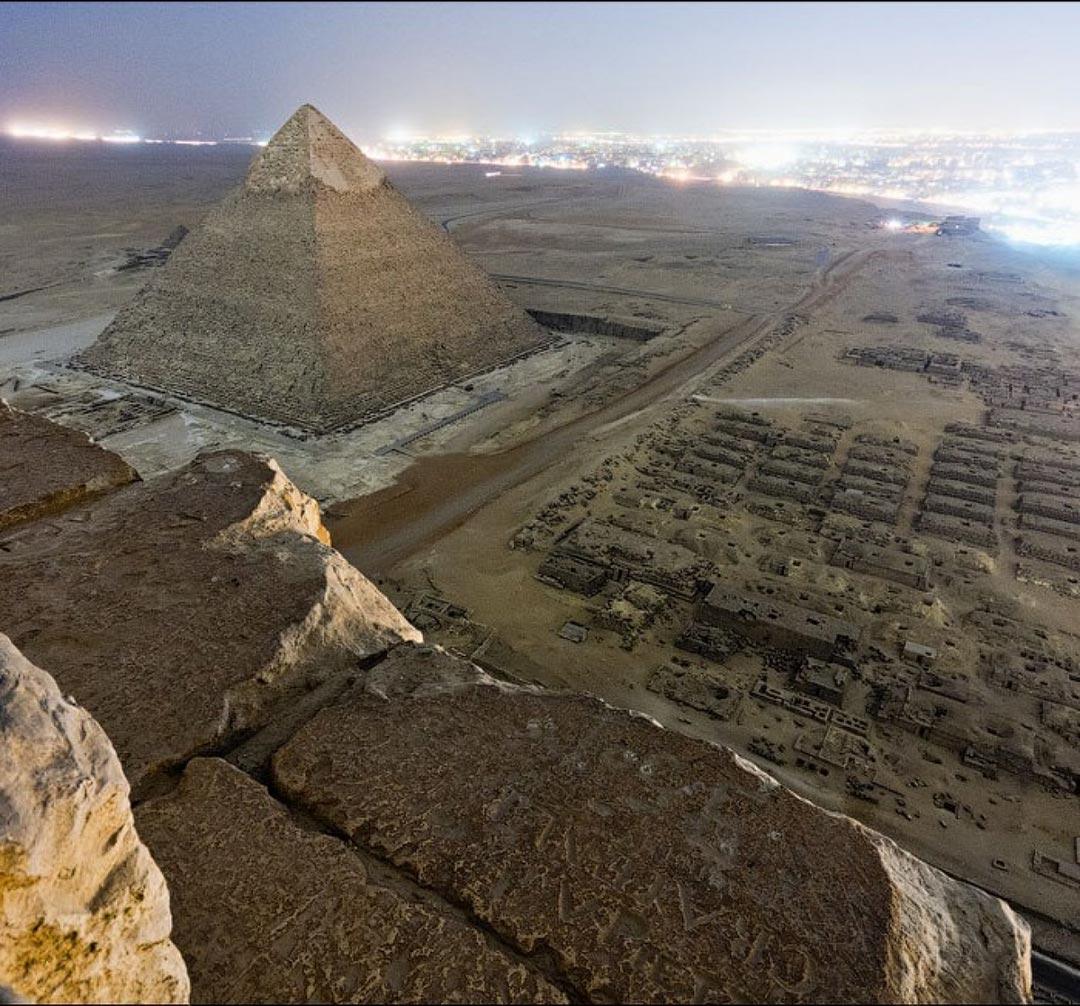 Η θέα από τις Πυραμίδες της Γκίζας | Φωτογραφία της ημέρας