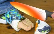 Πυρακτωμένο μαχαίρι εναντίον παπουτσιού και άλλων αντικειμένων