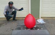 Τι θα συμβεί αν βάλεις ξηρό πάγο μέσα σε ένα μπαλόνι;