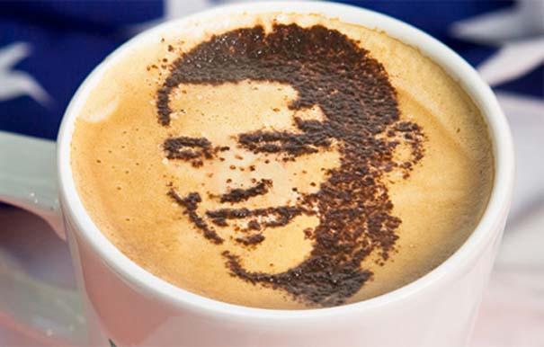 Υπέροχη τέχνη σε καφέ #11 (2)