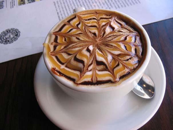 Υπέροχη τέχνη σε καφέ #12 (9)
